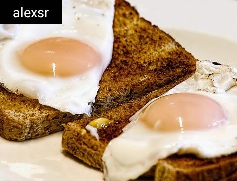 ماذا يحدث عندما تأكل البيض كل يوم