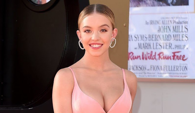 Sydney Sweeney New Photos in Sexy Outfit Actress Trend