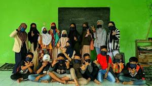 New KKN UNIGA gelar sosialisasi covid 19 dan bagi-bagi masker di Cisurupan Garut