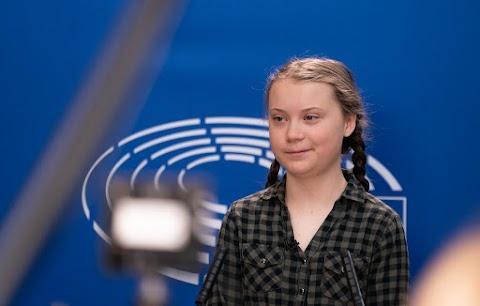 Greta Thunberg környezetvédő aktivista kapta a normandiai partraszállás emlékére alapított Szabadság-díjat