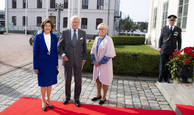 King and Queen visited Castor Restaurant and Härnösands Gymnasium for conversations with students and teachers