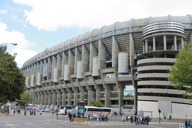 Santiago Bernabeu, jalkapalloa Madridissa