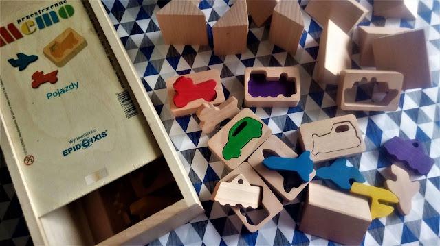 """zabawki dla dzieci """"MEMO przestrzenne. Pojazdy"""", Epideixis  recenzja"""