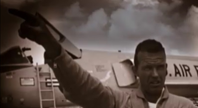 Gordon Cooper Chased A UFO