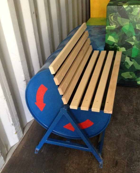BEAUTIFUL HANDCRAFTED OUTDOOR BENCH DESIGNS