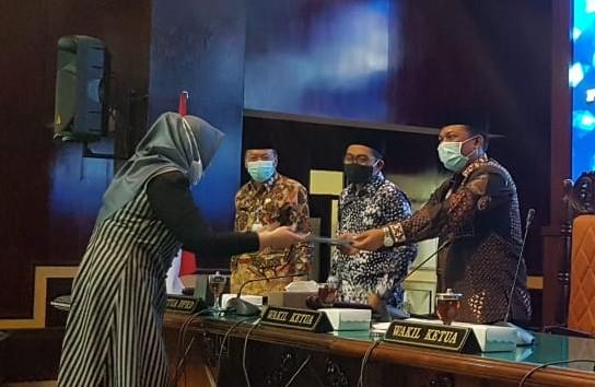 Fokus PU Fraksi Terhadap  Raperda P-APBD 2020 Tak Seragam