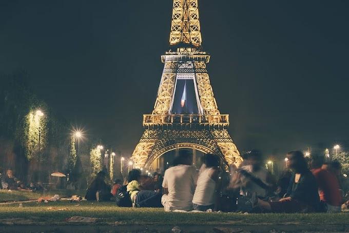 السياحة في باريس ومٌحبي الأجواء الرومانسية الساحرة
