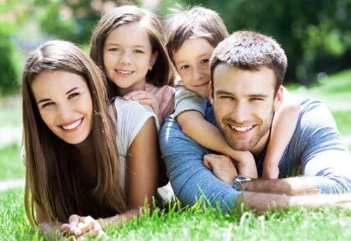 Happy Family. Gambar dari HappyFamily Solutions COM