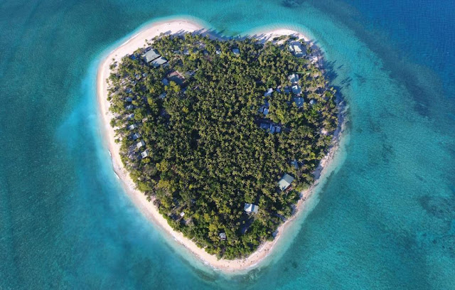 Beautiful heart-shaped travel destinations to warm up your heart