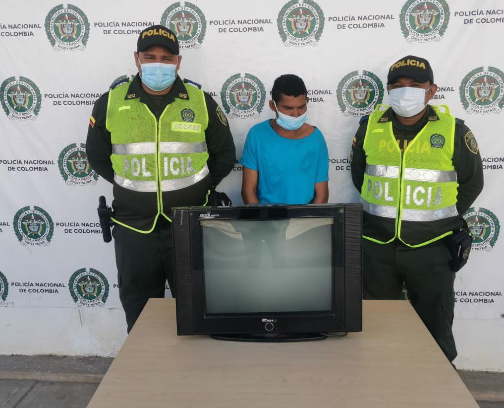 hoyennoticia.com, Recuperan TV robado en un CDI en Barrancas