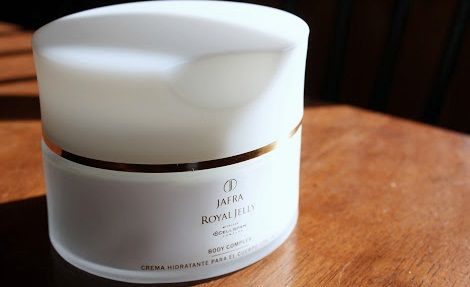 5 Manfaat JAFRA Royal Jelly Body Complex