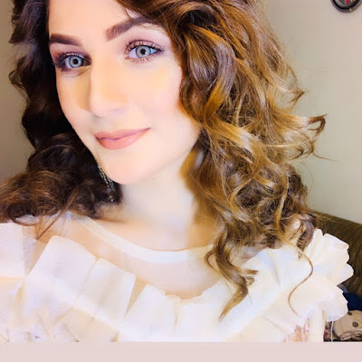 cute beautiful girl wallpaper