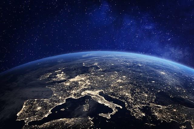 Γη ο πλανήτης των ηλιθίων