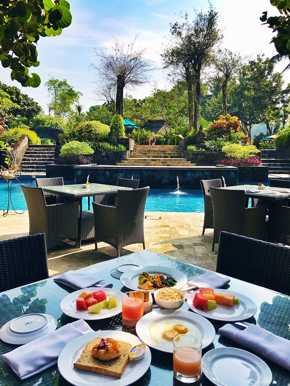 Crystal Phuong- What to do in Yogyakarta- Breakfast at Hyatt Regency Yogyakarta