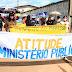 Sem receber salários, educadores de Governador Nunes Freire fazem manifestação pública para cobrar prefeito
