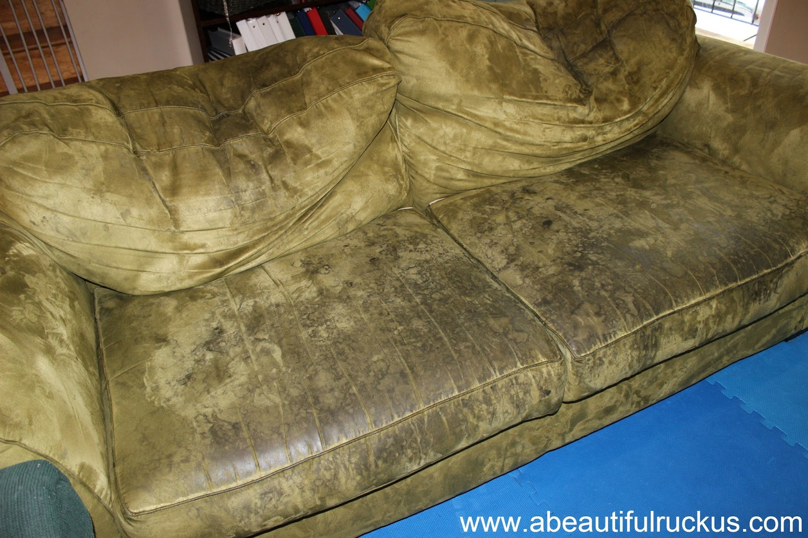 Couch Gross That One Friends House You Hated Having Sleepovers