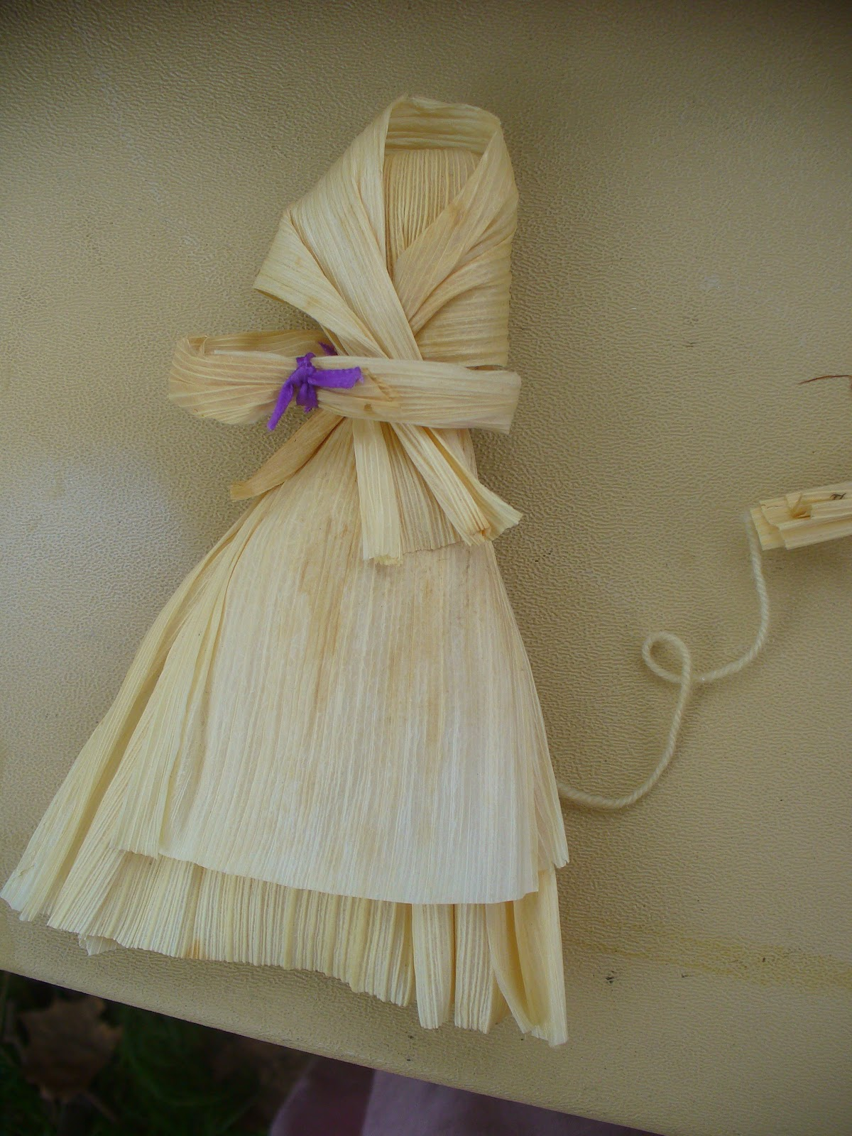 World Turn'd Upside Down: How to Make Corn Husk Dolls