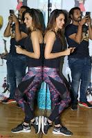 Kiara Advani Black Tank Top Tight leggings Tu Cheez Badi Hai Mast Mast~  Exclusive 54.JPG