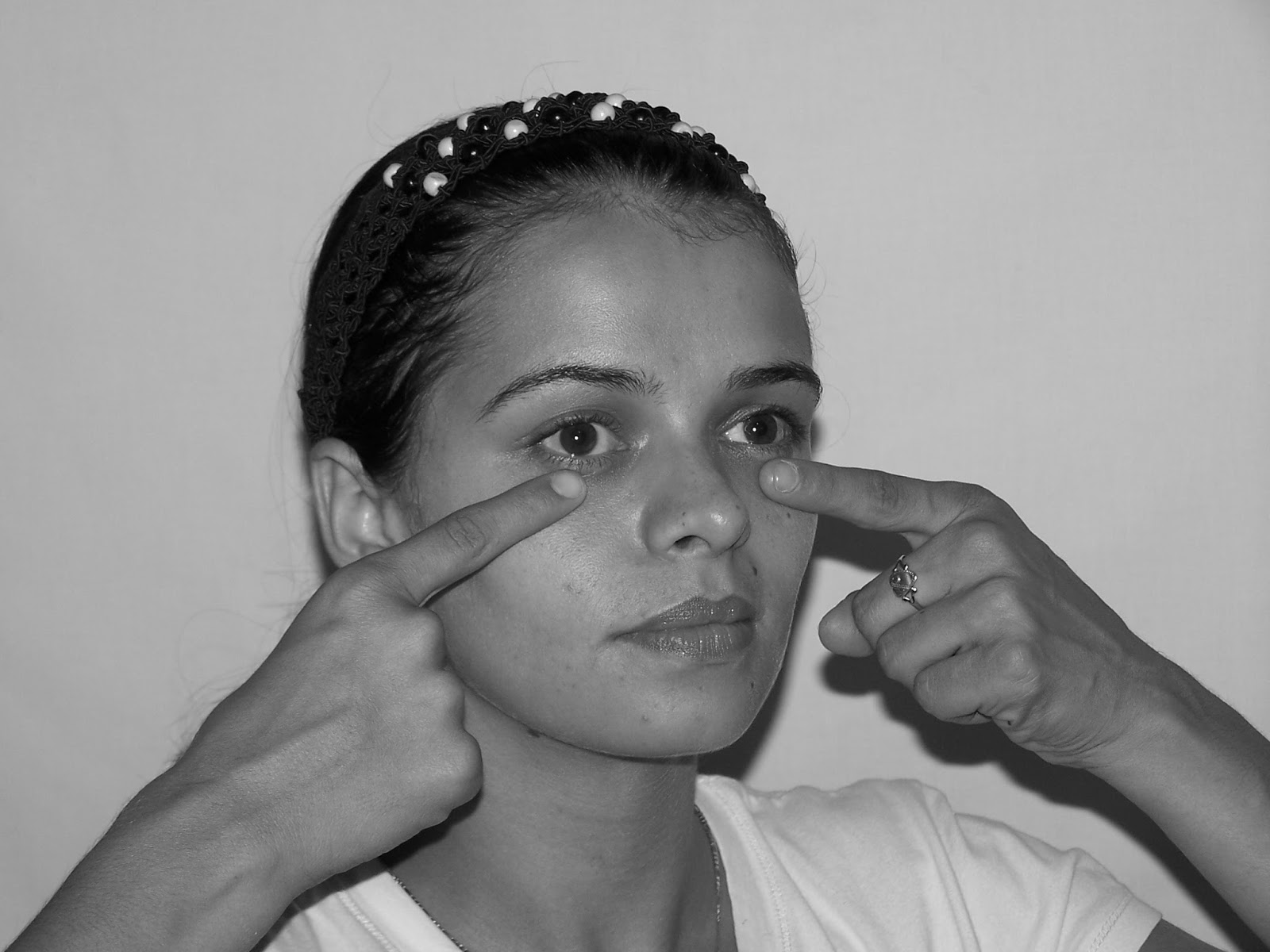 Toning Workout Place Your Index Fingers On The Where Eye Bags Manifest Position Is Bottom Of Sockets In Line With