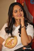 Anushka at Size Zero Pressmeet-thumbnail-3