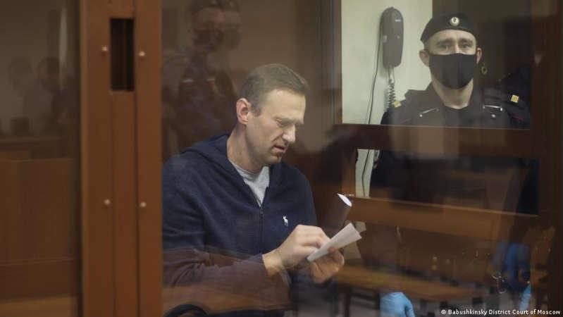 The Russian prison service transferred Alexei Navalny to hospital