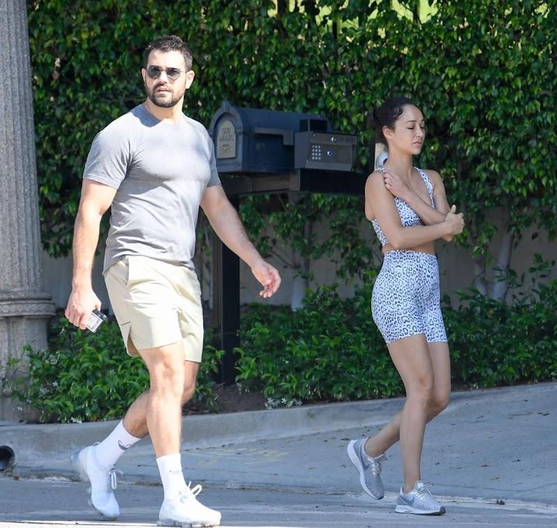 Cara Santana and Jesse Metcalfe showing Out in Los Angeles 27 Apr-2020