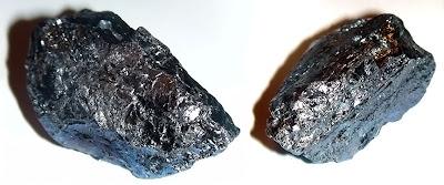 İki parça kara elmas veya karbonado