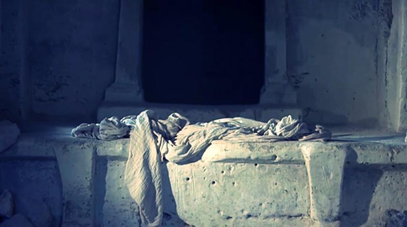 Qual é o significado do lenço dobrado no túmulo de Jesus depois da ressurreição?