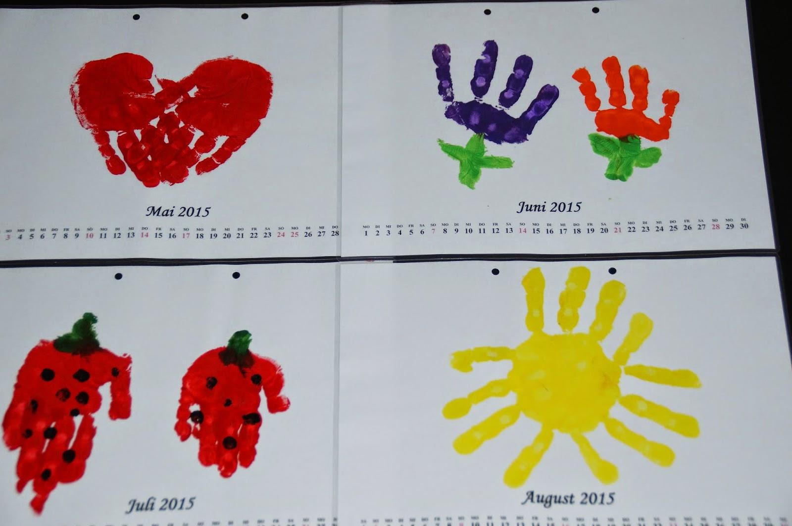 farbenfrohe kinkerlitzchen kalender aus handabdr cken. Black Bedroom Furniture Sets. Home Design Ideas