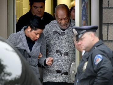 Actriz de salvados por la campana se lanza contra Bill Cosby