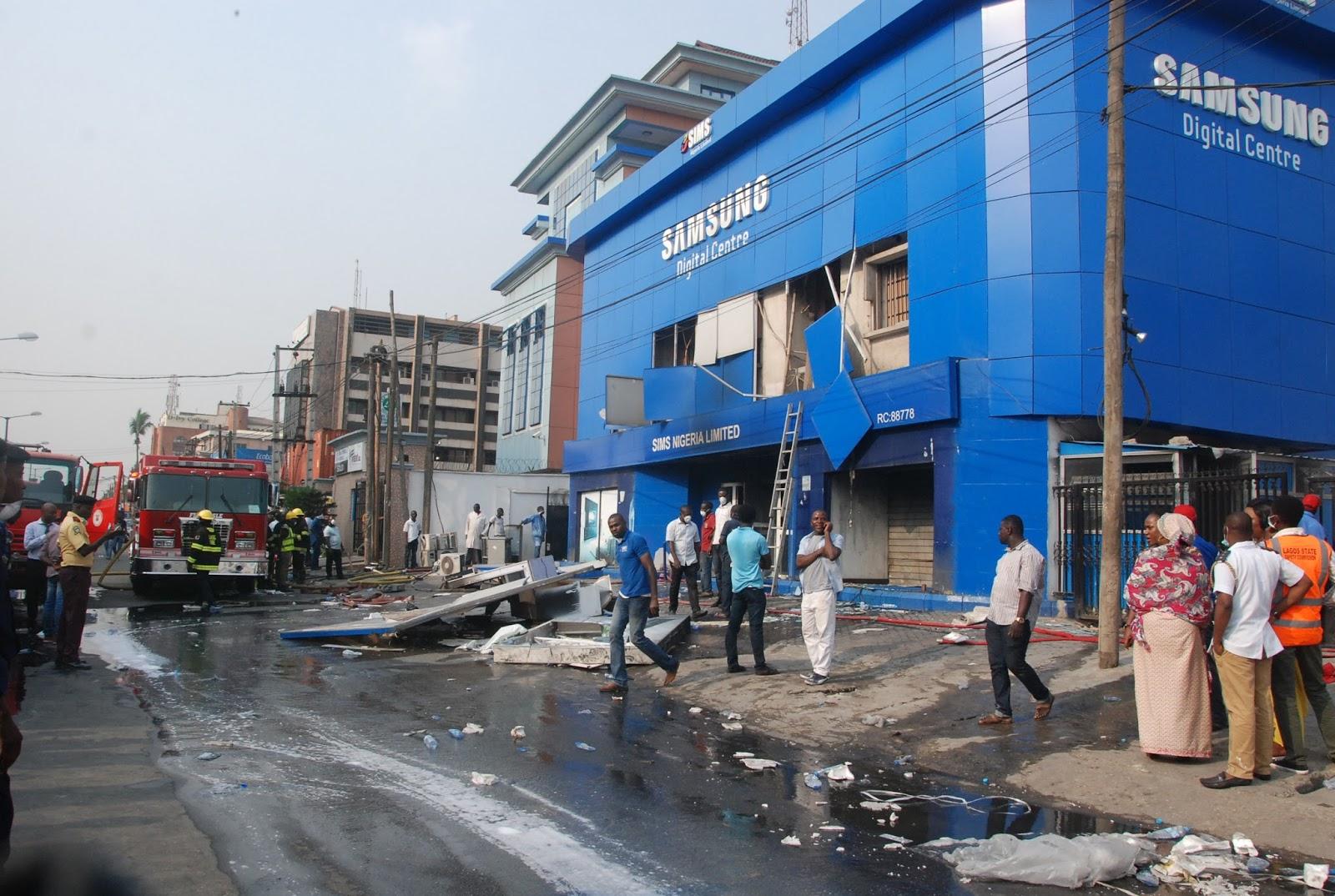 Photos Fire Destroys Samsung Nigeria Office In Opebi