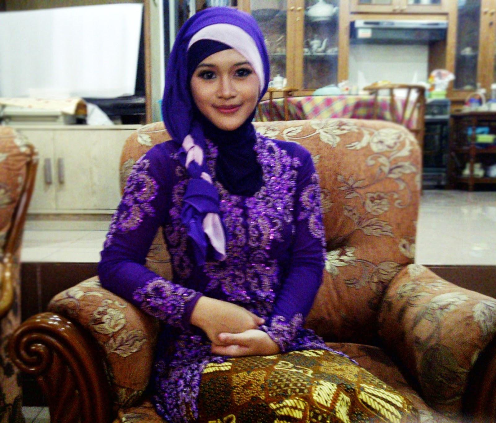 Jilbab Wisuda Untuk Wajah Bulat Kumpulan Model Hijab Dan