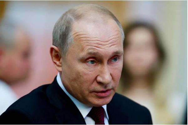 Putin has put forward a $ 400 billion development plan, blaming the epidemic