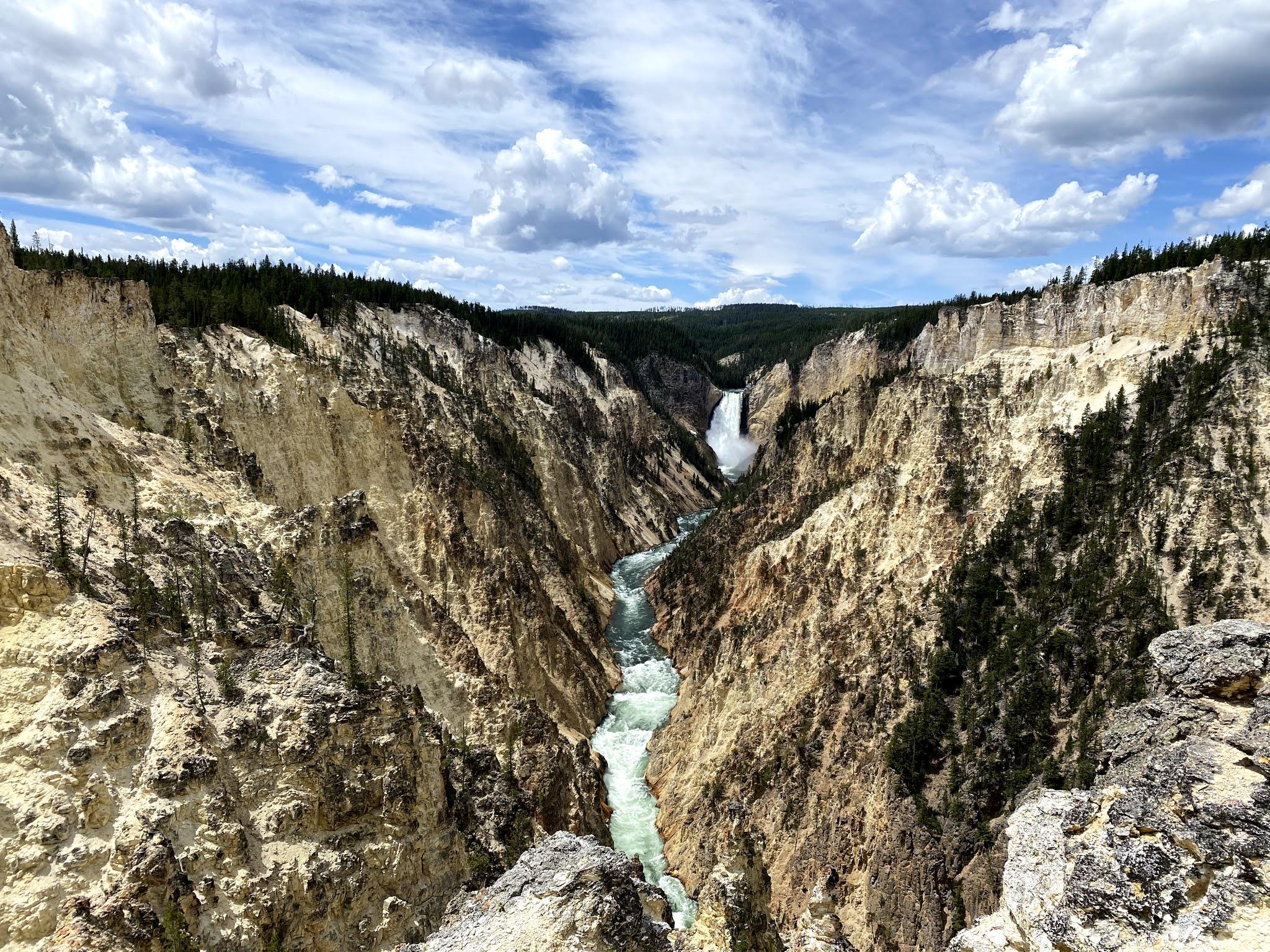 Waterfall at Yellowstone National Park | Biblio-style.com