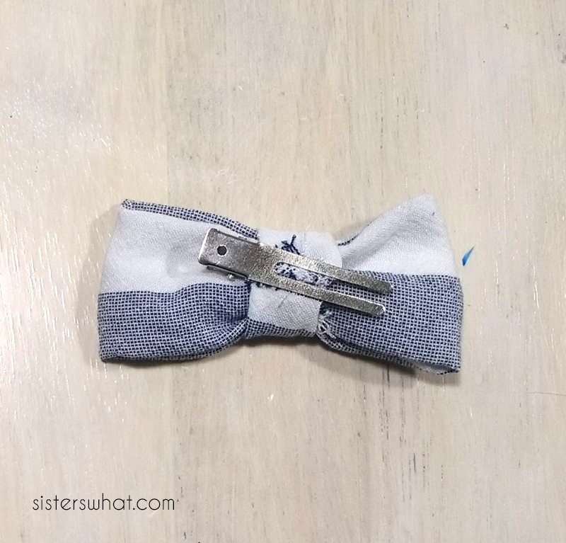 add clip to bow tie