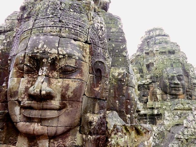 Prasats-Templo-Bayon-Angkor