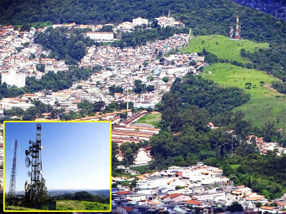 Morro Bandeirantes (com suas torres em detalhe).  Fotos: Marinaldo Gomes Pedrosa