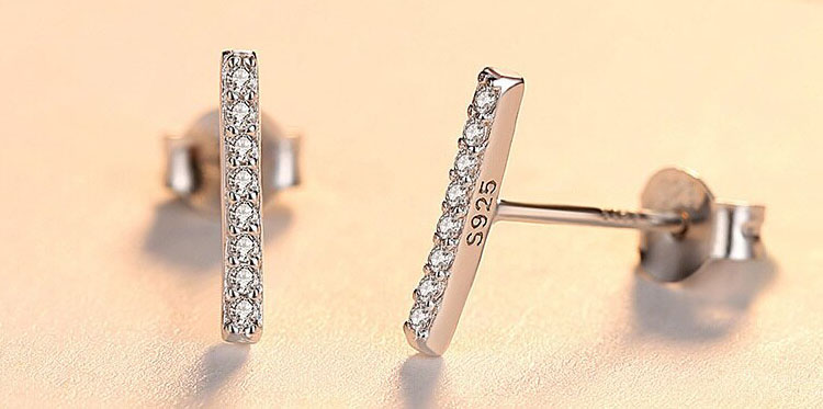清奢極簡風 925純銀鋯石耳環