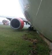 Lion Air Boeing 737 skids runway due to heavy rain in Indonesia - Aero World