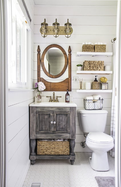 SUPER SMART STORAGE SOLUTIONS FOR SMALL BATHROOMS