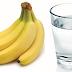 Τρώει μια μπανάνα κάθε πρωί και πίνει ένα ποτήρι ζεστό νερό! Θα το δοκιμάσετε σίγουρα...