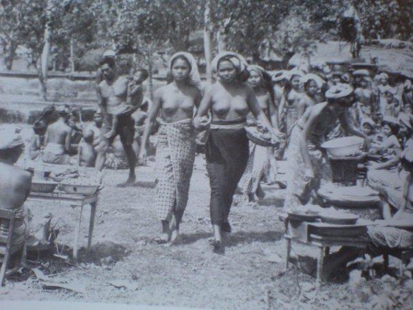 Sengaja Tulisan Ini Diberi Judul Tri Semaya Hukum Adat Bali Potret Perkembangan Hak Perempuan Bali Dalam Hukum Keluarga Konsep Tri Semaya Atitamasa