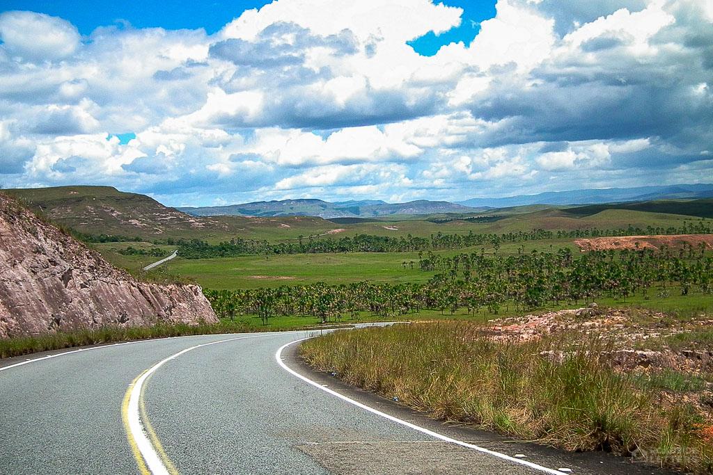 Road Troncal 10 in La Gran Sabana in Venezuela