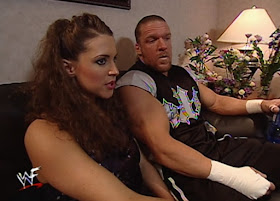 WWE / WWF - Fully Loaded 2000 -  Triple H and Stephanie McMahon talk in their dressing room
