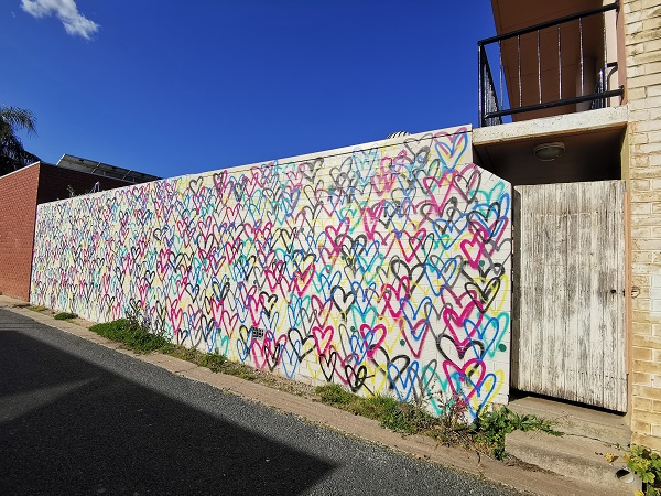 Albury Street Art | Love mural by Marni Korneluk