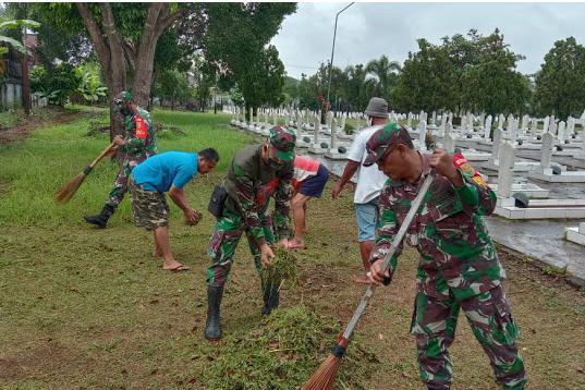 Kodim 0410/KBL Melaksanakan Pembersihan dan Pengecatan di TMP Tanjungkarang