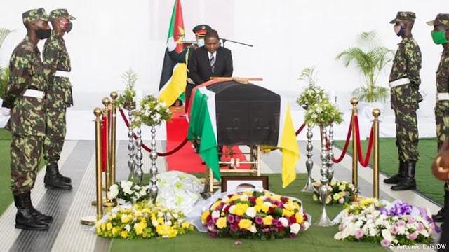 Moçambique despede-se de Daviz Simango