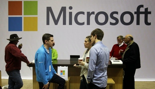 Ex-Microsoft Employee Charged With Passing Secrets