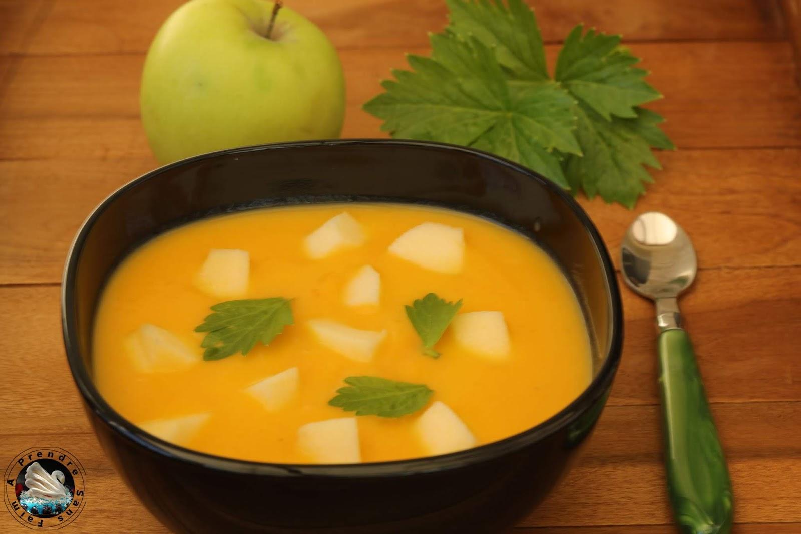 Soupe de carottes au céleri et pommes