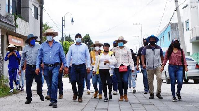 Hacer equipo entre autoridades y la sociedad, para lograr mejores resultados: Mundo Tlatehui